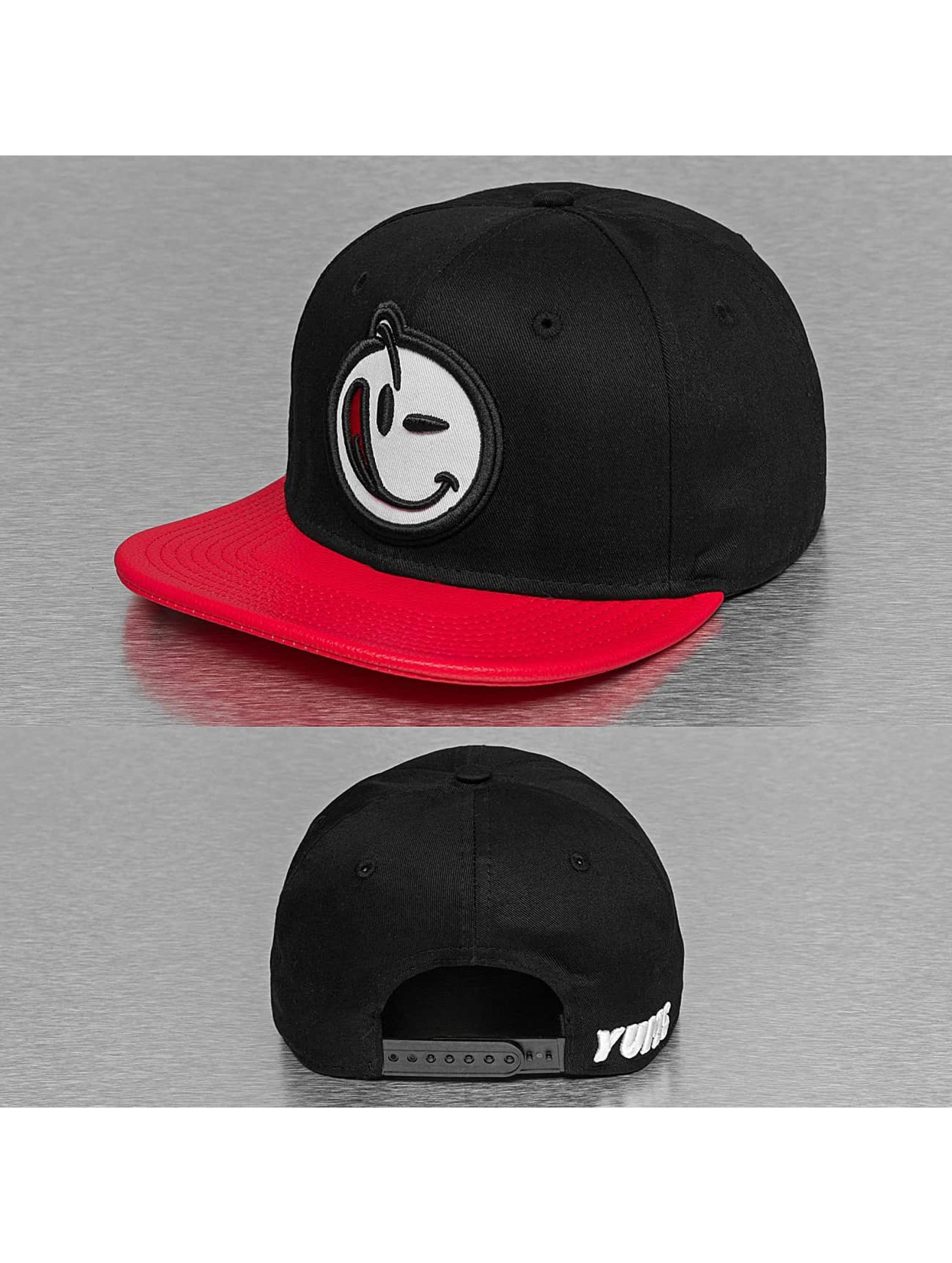 Yums Snapback Cap Classic black