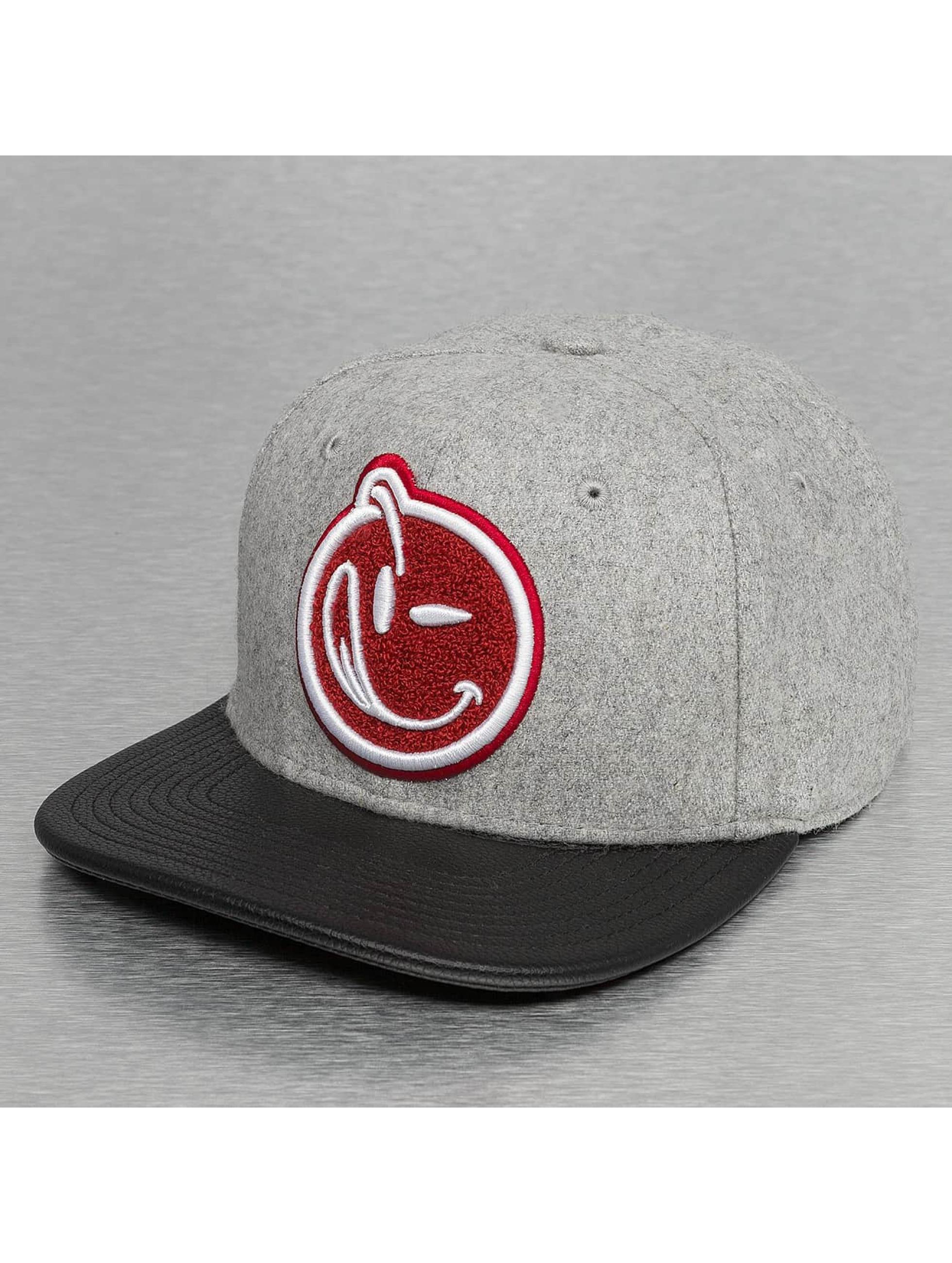 Yums Snapback Cap Melton gray
