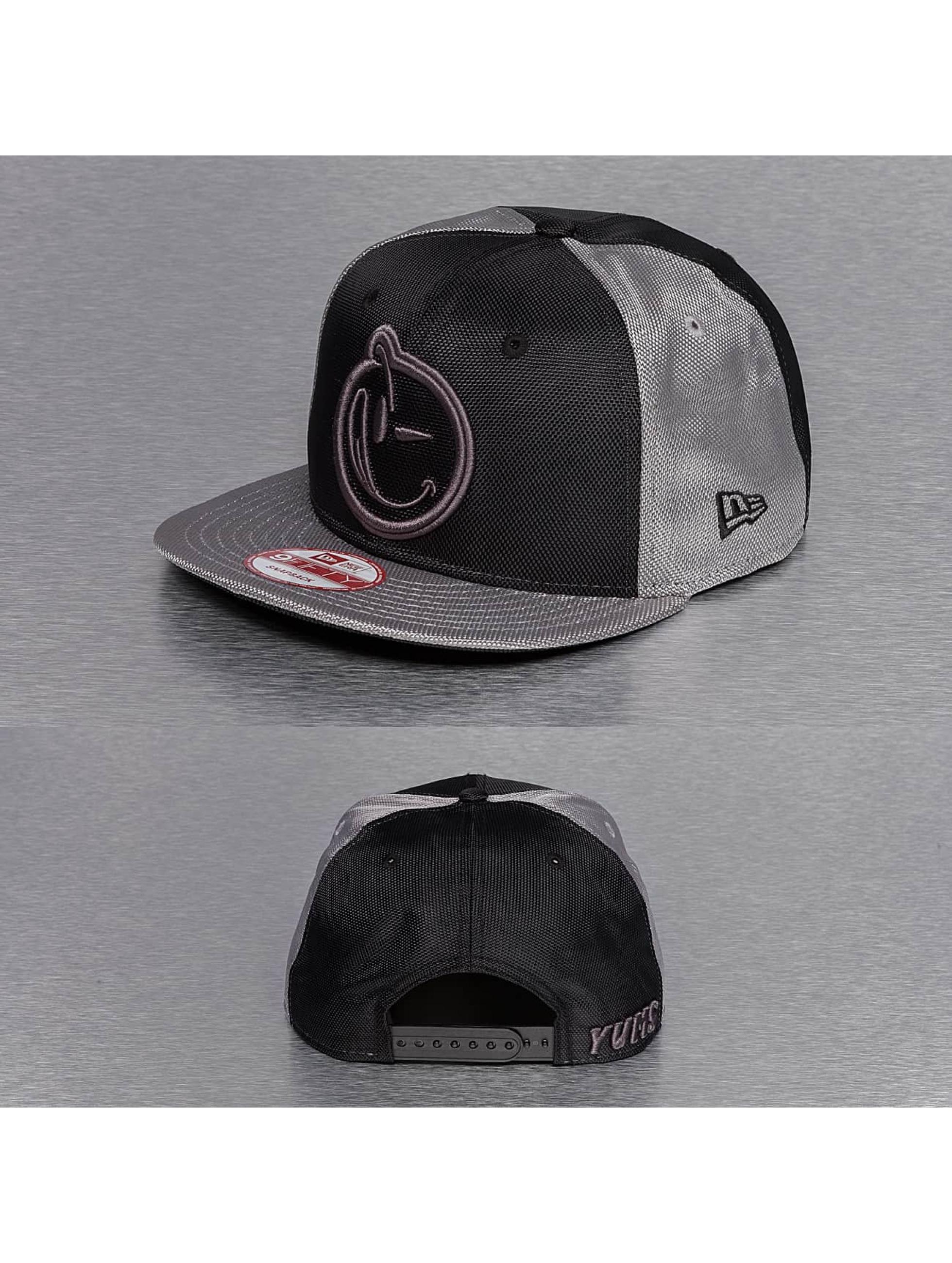 Yums snapback cap New Era Classic Bohemian zwart