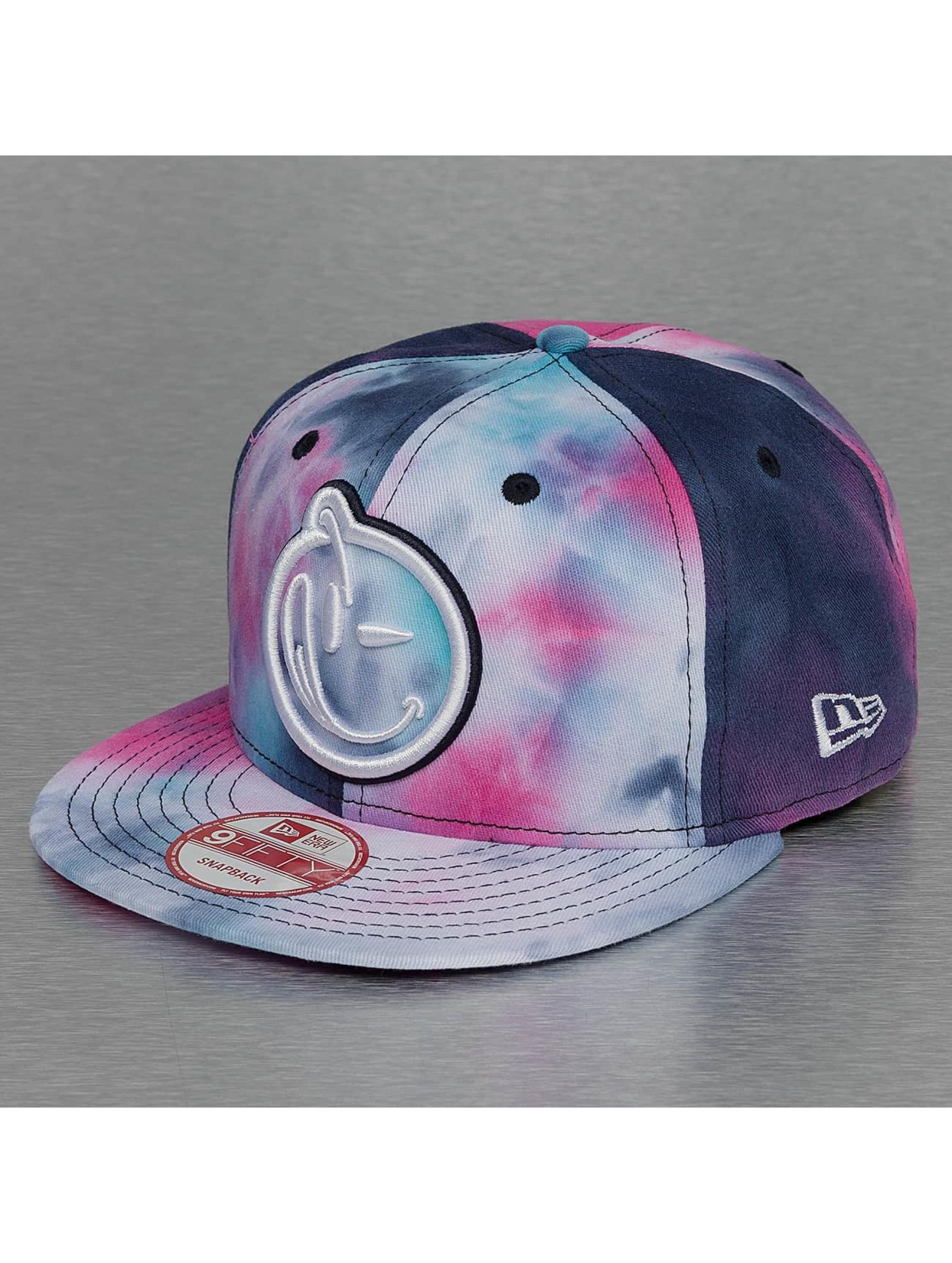 Yums Snapback Caps New Era Classic L7 kirjava