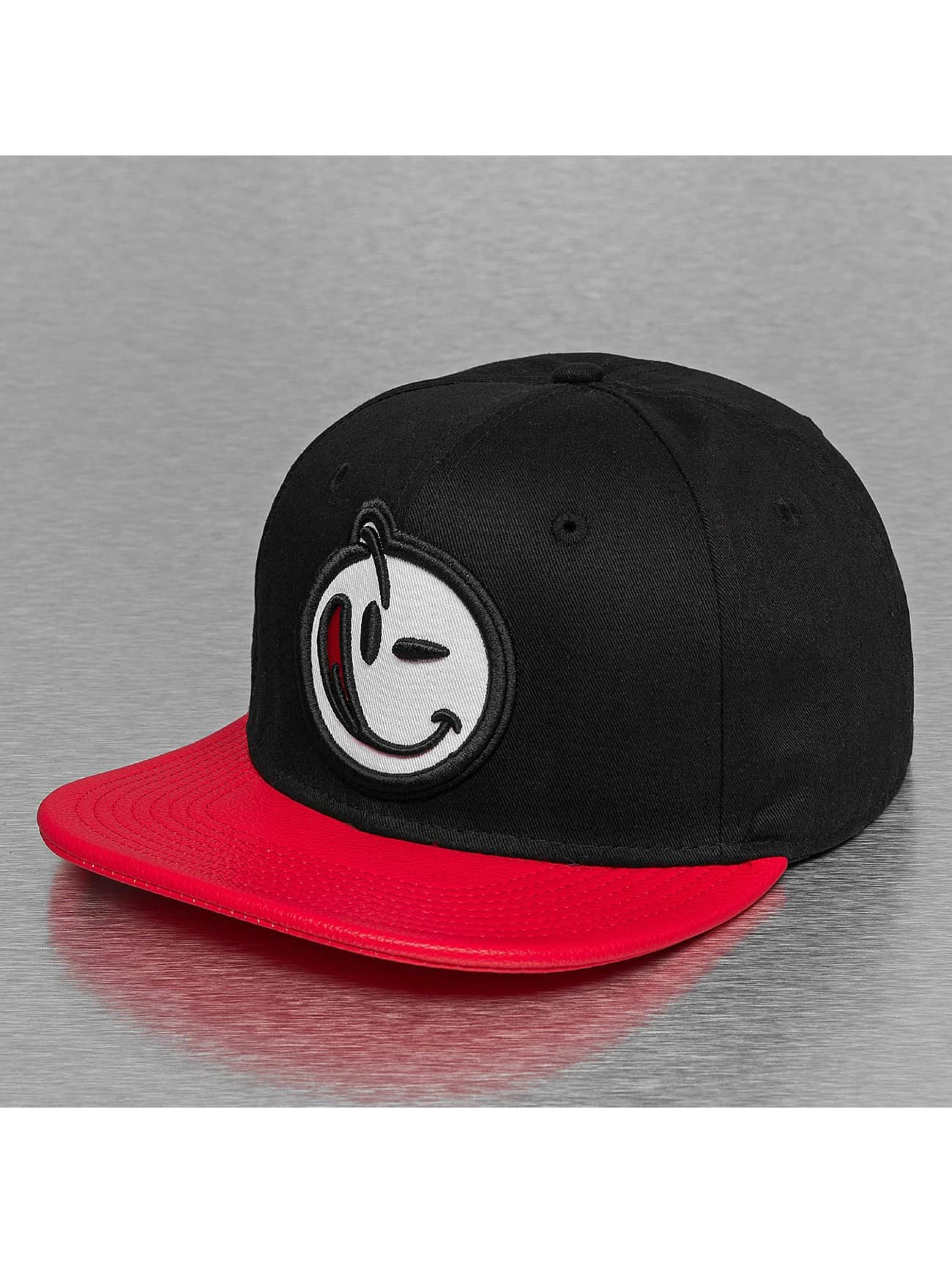 Yums Snapback Caps Classic svart