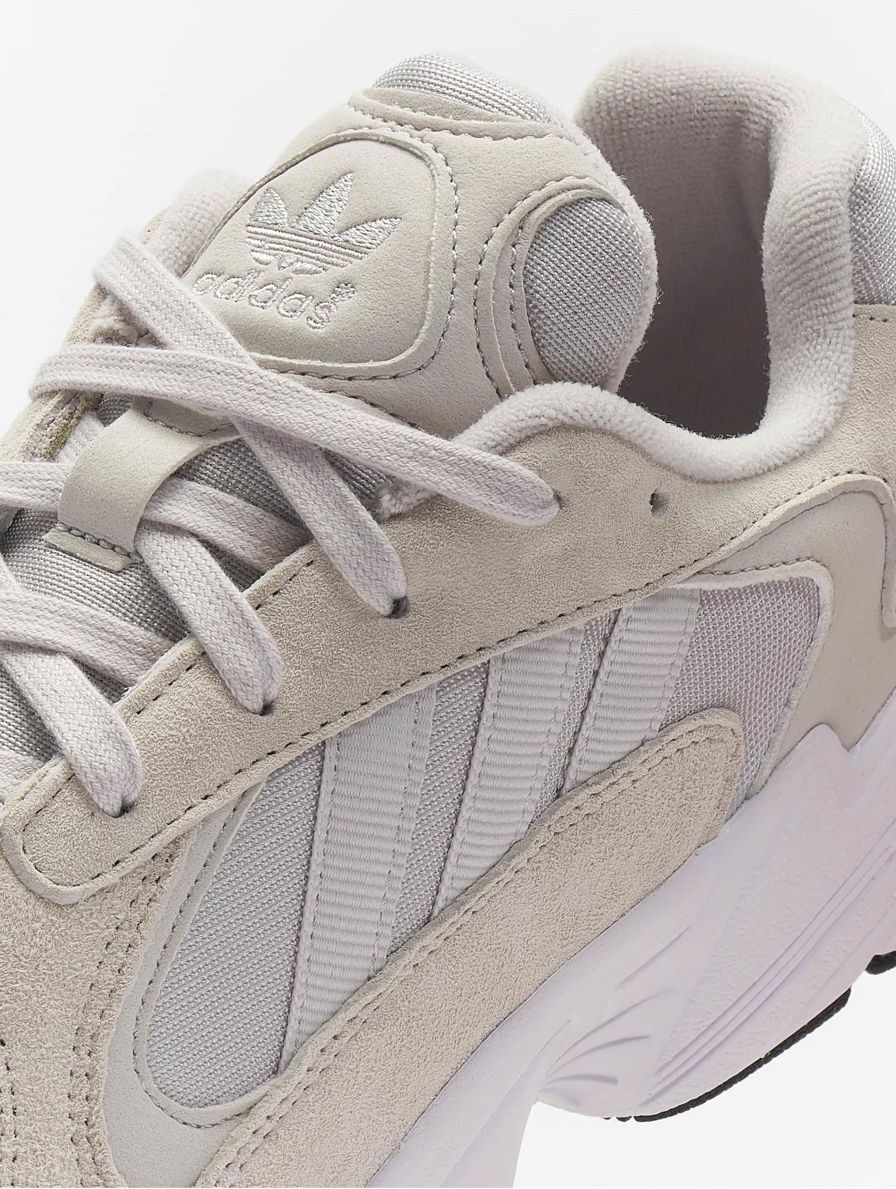 adidas Originals Yung-1 beige Homme Baskets 671531 Homme Chaussures