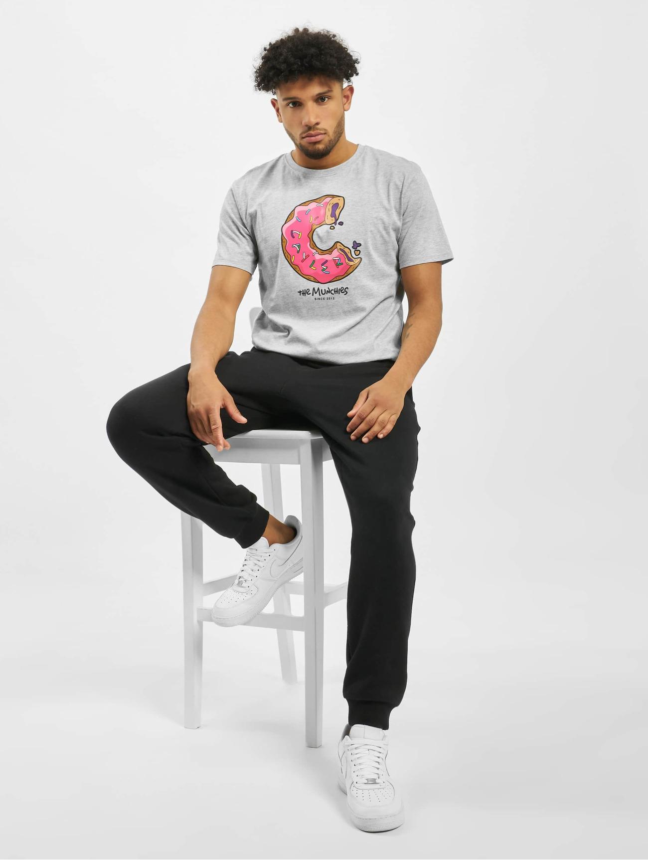 Cayler & Sons Herren T-Shirt Wl Los Munchos in grau 715309
