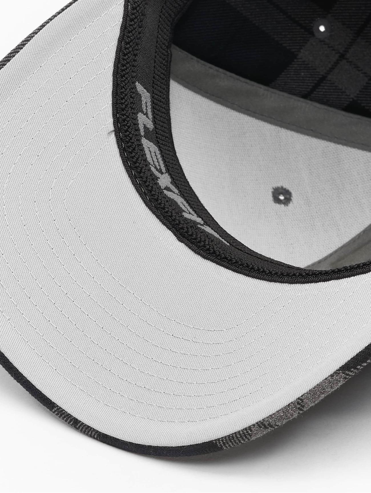 Flexfit  Tartan Plaid  noir  Casquette Flex Fitted  197259 Homme Casquettes