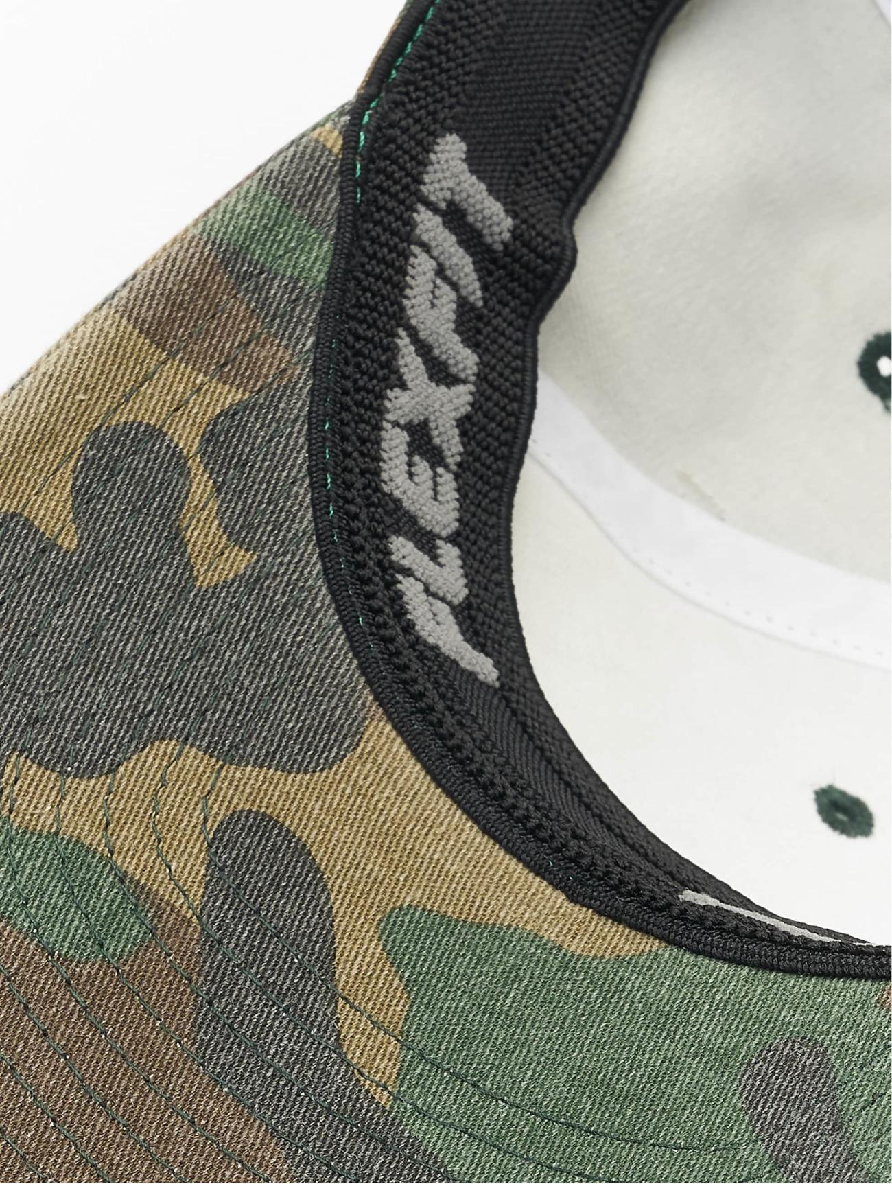 Flexfit  Garment Washed Camo  vert  Casquette Flex Fitted  293651 Homme Casquettes