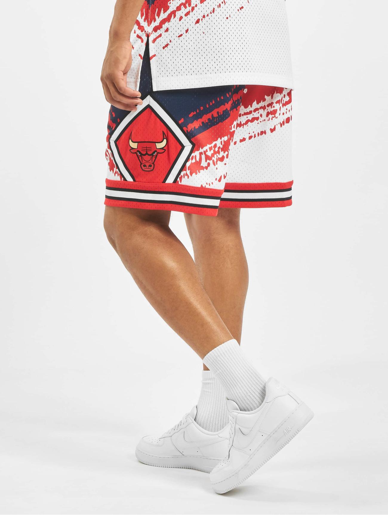 Mitchell & Ness Byxor / Shorts Independence Swingman Chicago Bulls  i blå 709300 Män Byxor