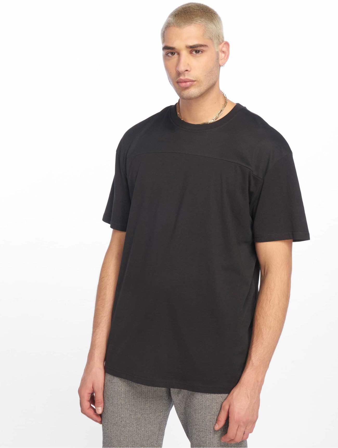 Urban Classics Överdel / T-shirt Mesh Panel i svart 636211 Män Överdelar