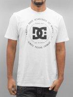 DC T-Shirt Rebuilt white