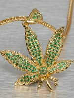 KING ICE Necklace Jungl Julz Weed Leaf gold colored