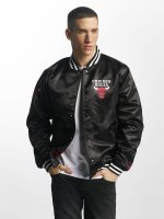 New Era Bomber jacket Chicago Bulls black