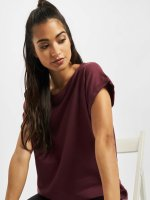 Urban Classics T-shirt Extended Shoulder röd