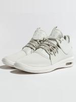 Jordan Baskets Air First Class blanc