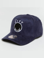 Mitchell & Ness Casquette Snapback & Strapback 110 Curved HWC Golden State Warriors Suede bleu