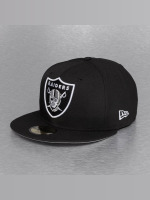 New Era Fitted Cap On Field 15 Sideline Oakland Raiders čern
