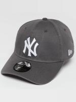 New Era Flexfitted Cap Washed NY Yankees 39Thirty szary