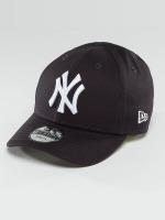 New Era snapback cap Essential NY Yankees 9Forty zwart