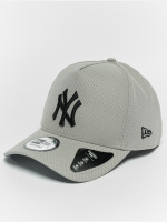 New Era Snapback Caps Diamond NY Yankees A Form šedá
