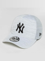 New Era Snapback Caps New Era Engineered Fit NY Yankees bílý