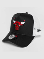 New Era Trucker Caps Team Essential Chicago Bulls čern