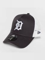 New Era Trucker Team Essential Detroit Tigers modrá