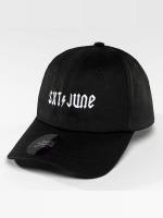 Sixth June Snapback Caps Logo musta