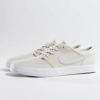 Nike SB schoen / sneaker Solarsoft Portmore ll in beige