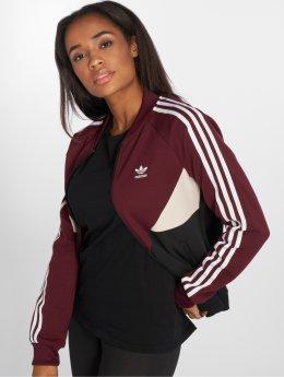 adidas originals Демисезонная куртка Clrdo Sst Tt Transition красный