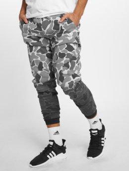 adidas originals Спортивные брюки Camo камуфляж