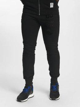 adidas originals Jogginghose Winter schwarz