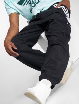 adidas originals Spodnie do joggingu Workshoppnts czarny