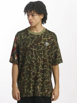 adidas originals T-Shirt PW HU Hiking camouflage