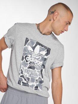 adidas originals T-shirt Camo Label Tee grå