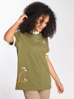 adidas originals Graphic T-Shirt Olive