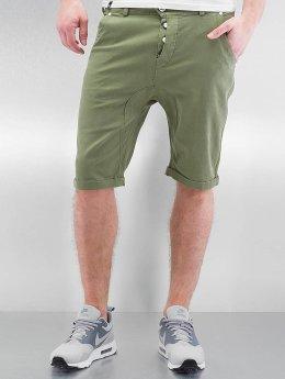 Alife & Kickin Shorts Johnny grün