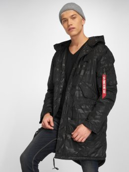 Alpha Industries Mantel Fishtail CW schwarz