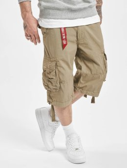 Alpha Industries Shortsit Jet oliivi