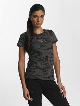 Alpha Industries T-skjorter Basic T Wmn svart