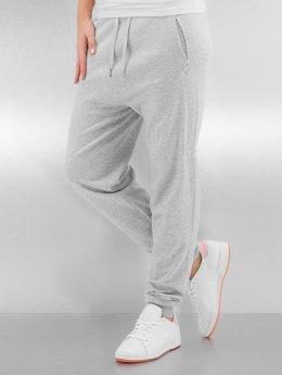 Bench Jogginghose Knitted Suit grau