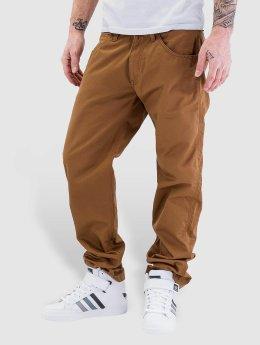Carhartt WIP Loose Fit Jeans Cortez Slim Fit Skill brazowy