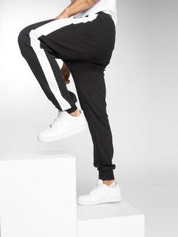 DEF Spodnie do joggingu Bearer czarny