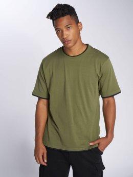 DEF T-shirt Basic oliv