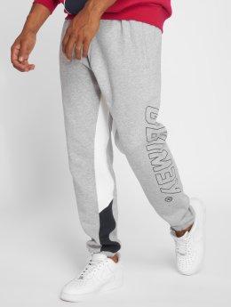 Grimey Wear Pantalone ginnico Hazy Sun grigio