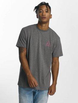 HUF T-shirts Triple Triangle grå