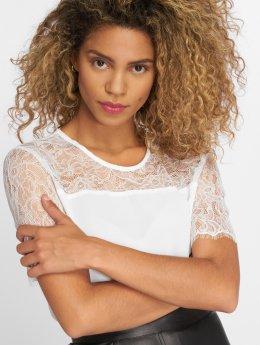 JACQUELINE de YONG T-Shirt jdyFiona Lace blanc