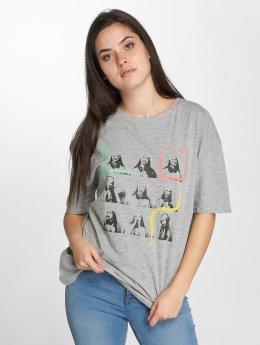 JACQUELINE de YONG t-shirt jdyCarolina grijs