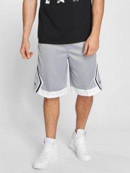 Jordan Pantalón cortos Rise Diamond Basketball gris