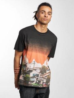 LRG t-shirt There Goes The Neighborhood zwart