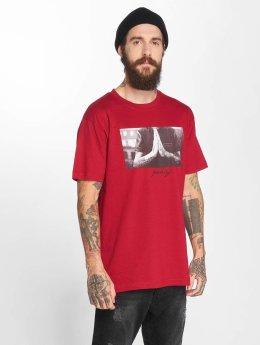 Mister Tee T-paidat Pray punainen
