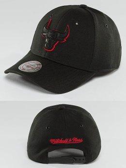 Mitchell & Ness Snapback Cap NBA Hot Stamp Contrast Chicago Bulls schwarz