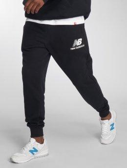 New Balance Jogging kalhoty  čern